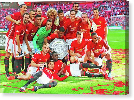 Wayne Rooney Canvas Print - Manchester United Celebrates by Don Kuing