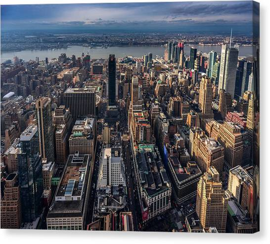 Manhattan, Ny Canvas Print