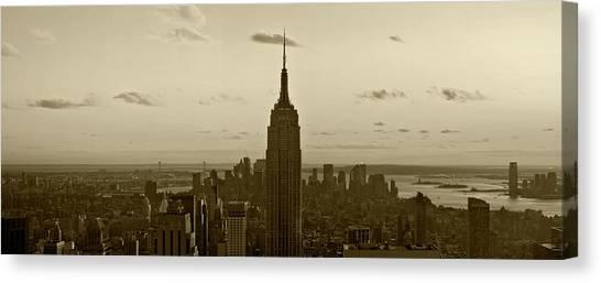 Manhattan Sky View Canvas Print
