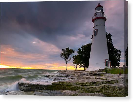 Marblehead Lighthouse At Sunrise Canvas Print
