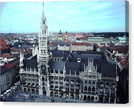 Marienplatz  City Hall Munich Canvas Print