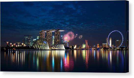 Marina Bay In Panorama Canvas Print