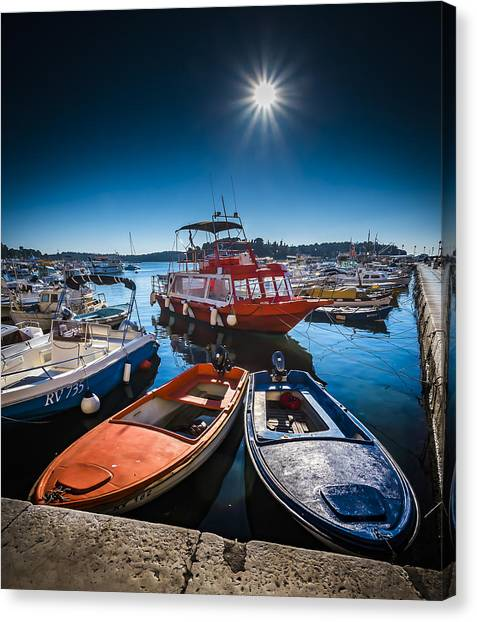 Marina Under The Sun Canvas Print