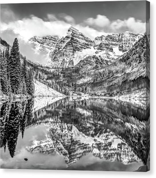 Maroon Bells - Aspen Colorado - Black-white - American Southwest 1x1 Canvas Print