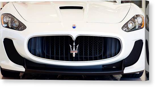 Maserati White Pano 121715 Canvas Print