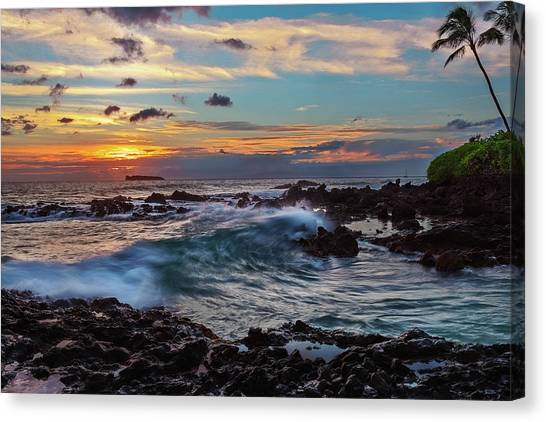 Maui Sunset At Secret Beach Canvas Print