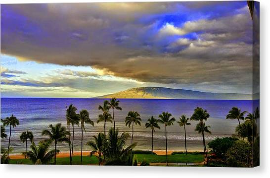 Maui Sunset At Hyatt Residence Club Canvas Print
