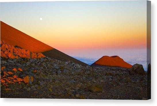 Mauna Kea Sunset With Full Moon Volcanoes National Park Hawaii Canvas Print