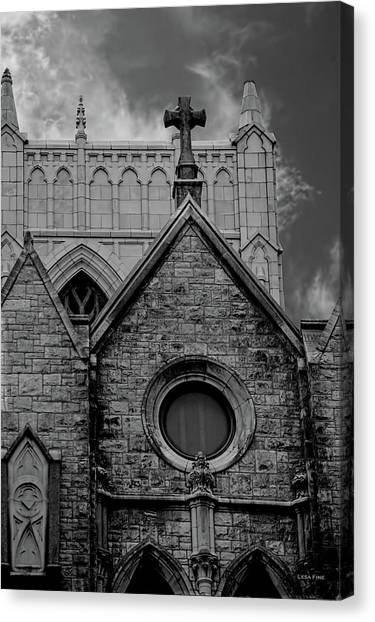 Memphis Cross In The Clouds Bw Canvas Print
