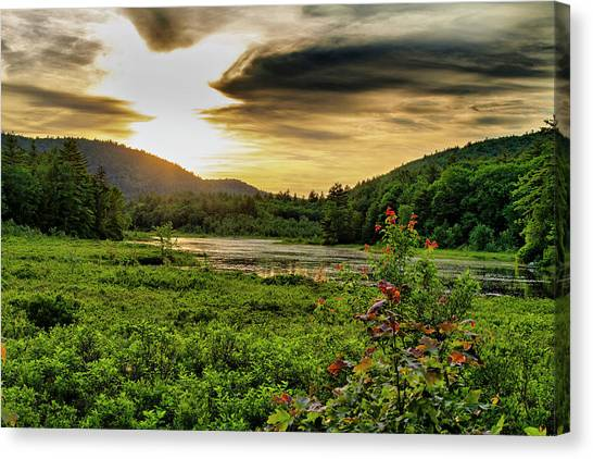 Canvas Print featuring the photograph Meredith Pond Sunset by Betty Pauwels