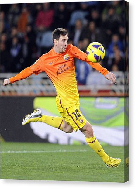 Lionel Messi Canvas Print - Messi 3 by Rafa Rivas