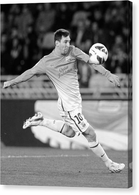 Lionel Messi Canvas Print - Messi 6 by Rafa Rivas