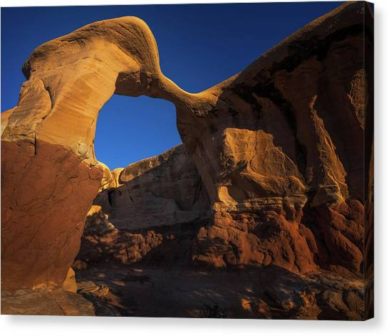 Metate Arch Canvas Print