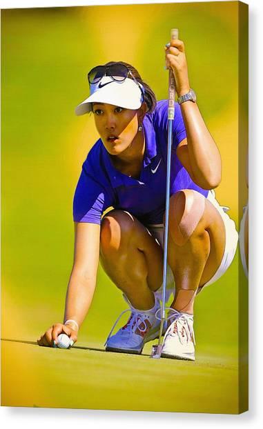 Michelle Wie Lines Up Her Putt  Canvas Print