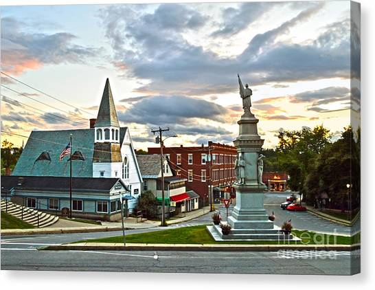 Middlebury Vermont At Sunset Canvas Print