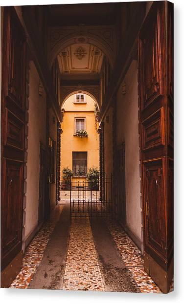 Street Scenes Canvas Print - Milano 09 by Cornelia Vogt
