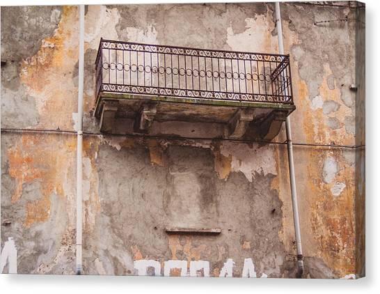 Street Scenes Canvas Print - Milano 25 by Cornelia Vogt