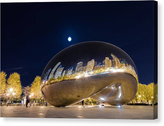 Monument Canvas Print - Millennium Park - Chicago Il by Drew Castelhano