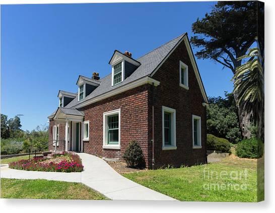 Millwright's Cottage At The Murphy Windmill San Francisco Golden Gate Park San Francisco Ca Dsc6346 Canvas Print