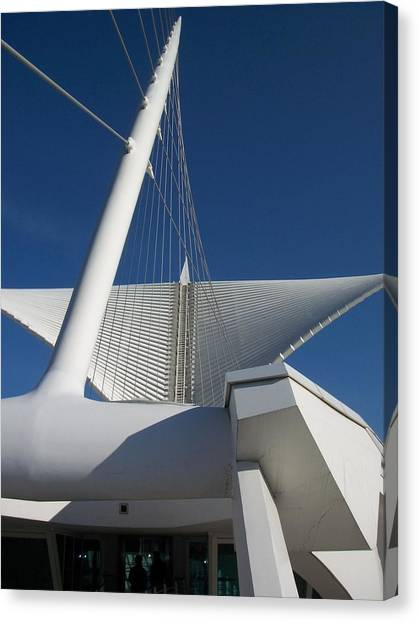 Milwaukee Art Museum Cropped Canvas Print