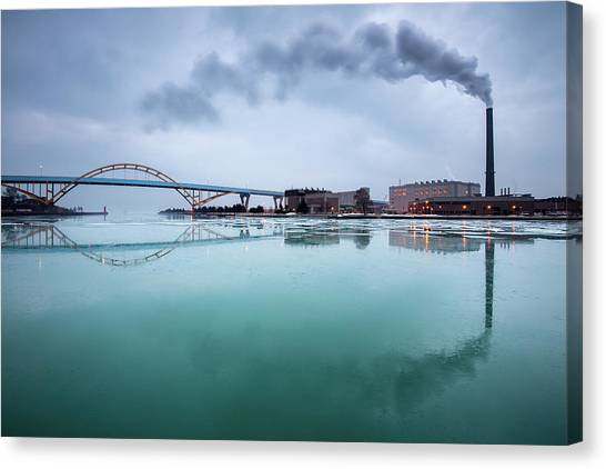 Milwaukee Reflected Canvas Print