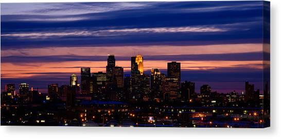 Minneapolis At Sundown Canvas Print