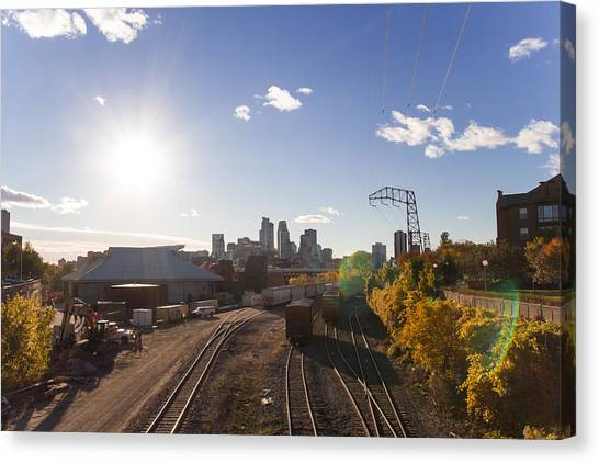 University Of Minnesota - Twin Cities Canvas Print - Minneapolis In The Fall by Zach Sumners