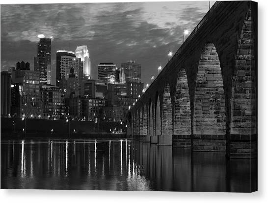 Minneapolis Stone Arch Bridge Bw Canvas Print