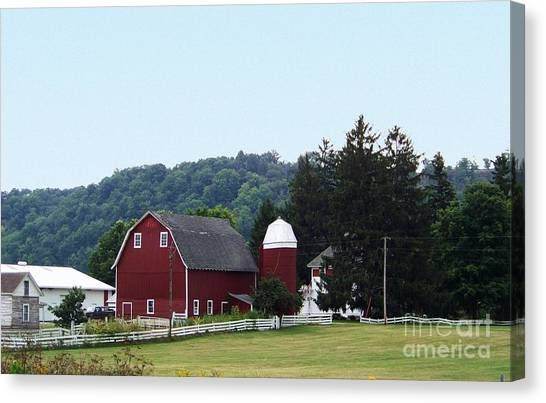 Minnesota Barn Canvas Print