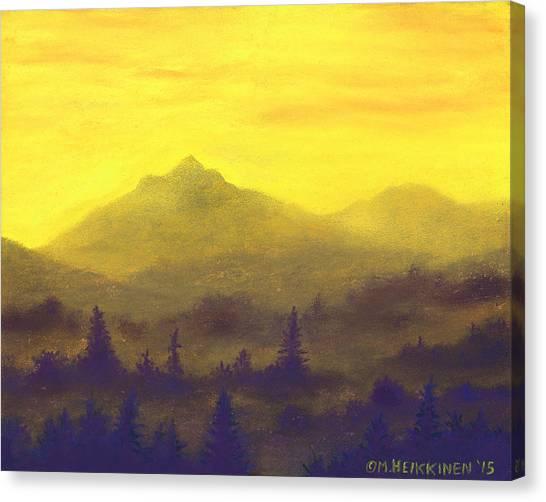 Misty Mountain Gold 01 Canvas Print