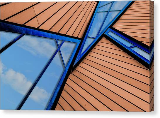 Canvas Print featuring the photograph Mixed Perspective by Paul Wear