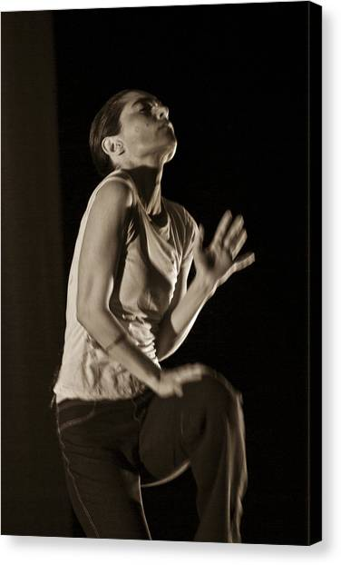 Canvas Print featuring the photograph Modern Dance 12 by Catherine Sobredo