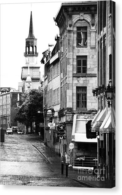 Montreal Street In Black And White Canvas Print by John Rizzuto
