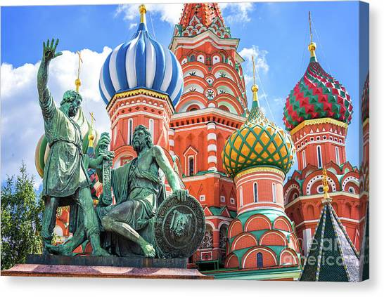 Moscow Canvas Print - Monument To Minin And Pozharsky by Delphimages Photo Creations