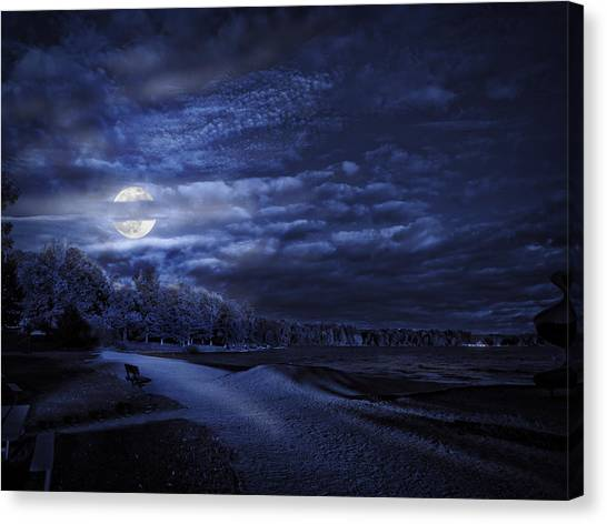 Moonrise Over Pymatuning Lake Canvas Print
