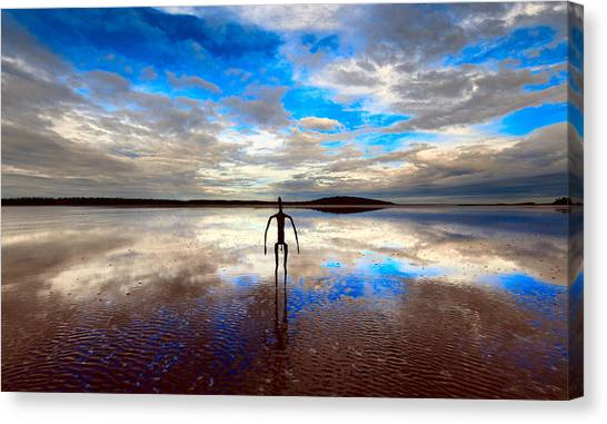 Morning Arrival At Lake Ballard Canvas Print