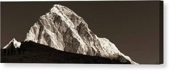 Canvas Print featuring the photograph Morning Climb To Kala Patthar by Owen Weber