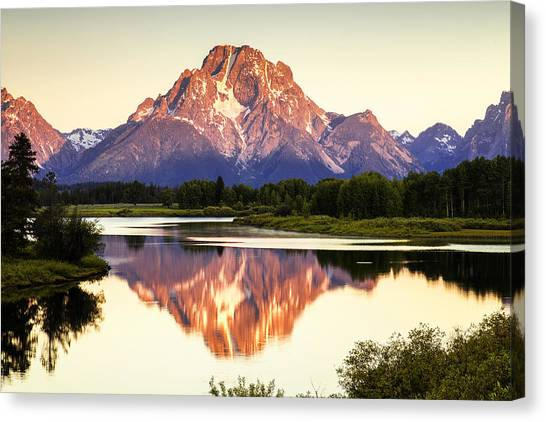 Teton National Forest Canvas Print - Morning Light At Oxbow Bend by Andrew Soundarajan