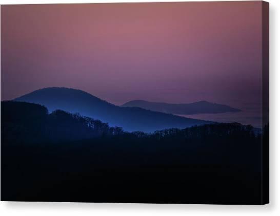 Morning Light In Shenandoah  Canvas Print