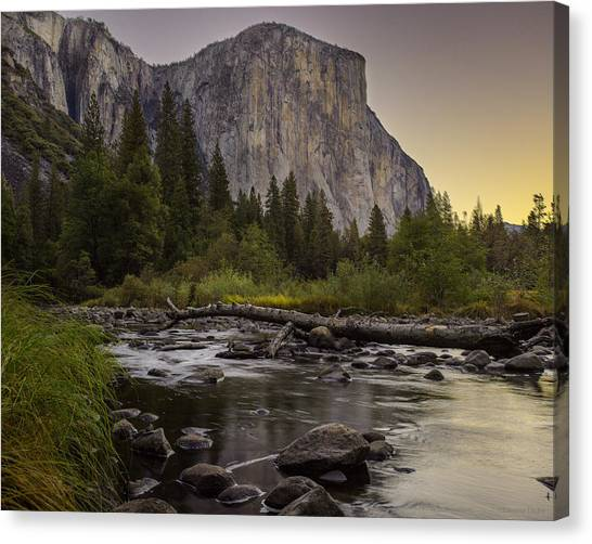 Morning Salutes El Capitan Canvas Print