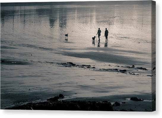 Morning Walk, Gooch's Beach, Kennebunk, Maine Canvas Print