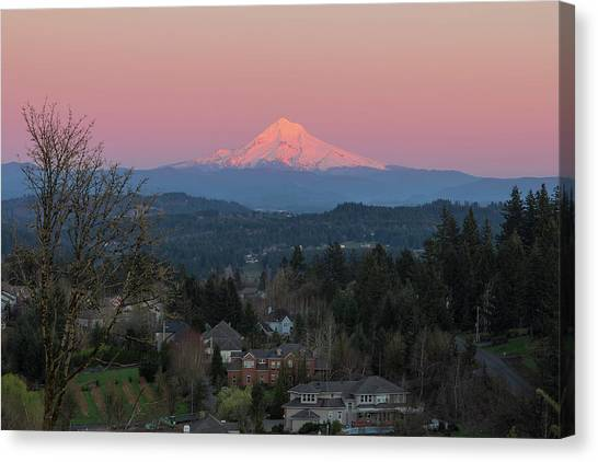 Canvas Print - Mount Hood Over Happy Valley Oregon by David Gn