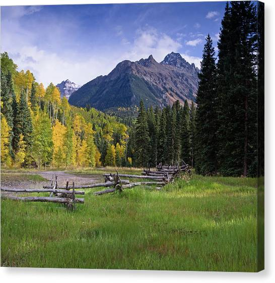 Mount Sneffels In Autumnn Canvas Print
