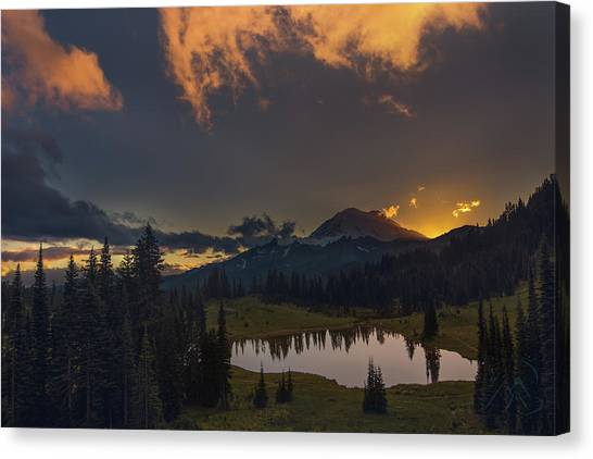 Canvas Print featuring the photograph Mountain Show by Gene Garnace