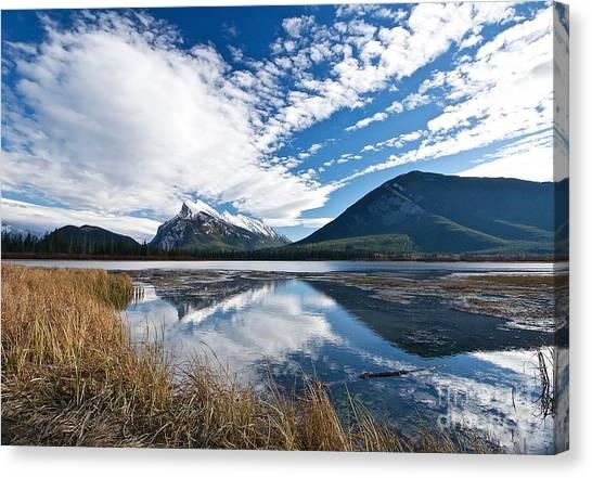 Mountain Splendor Canvas Print