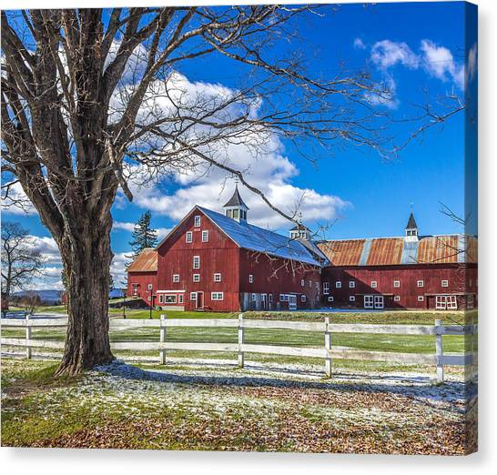 Mountain View Barn Canvas Print