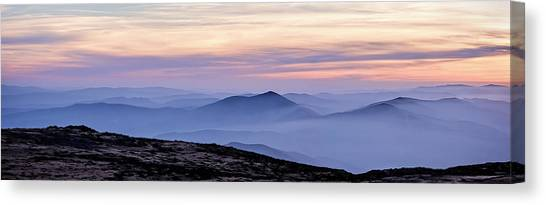 Mountains And Mist Canvas Print