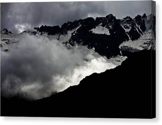 Mountains Clouds 9950 Canvas Print