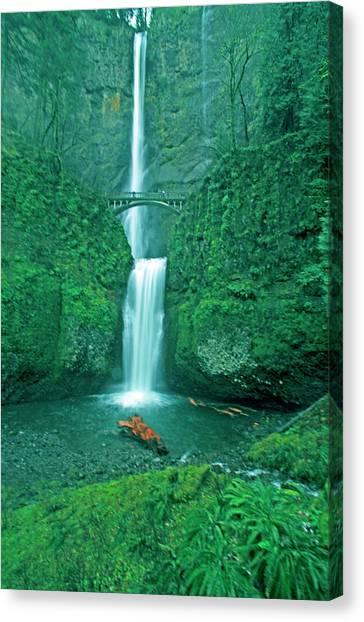 Multnomah Falls Oregon Photograph By Glenn Vidal