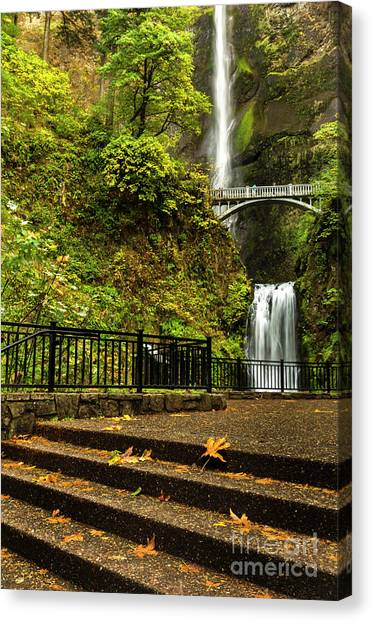 Multnomah Falls,oregon Canvas Print